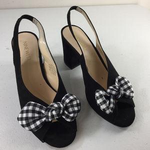 Nine West 6.5 Black Micro Suede Bow Chunky Heels